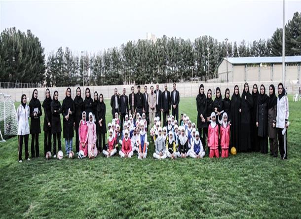 اولین فستیوال فوتبال دختران نونهال اتباع و مهاجرین افغانستان در خراسان جنوبی برگزار گردید